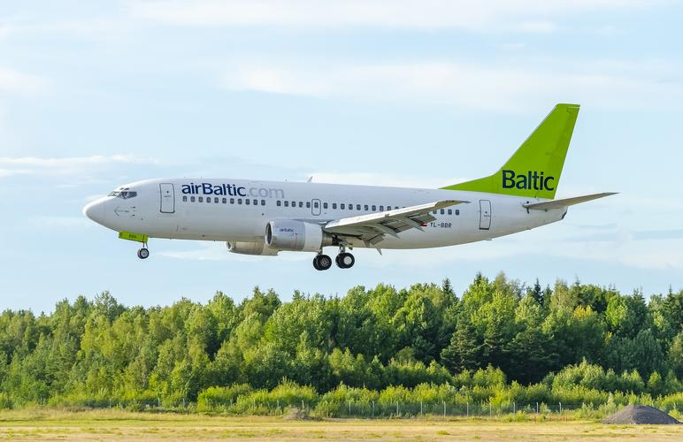 самолет,airbaltic, air baltic